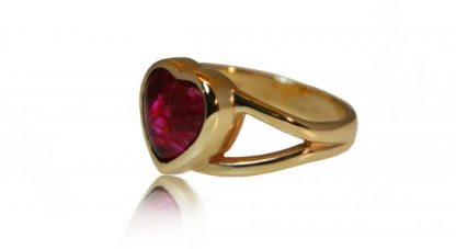 Heart ashes ring in gold - side view