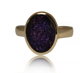 Large oval ashes ring in gold