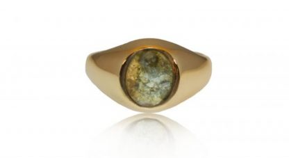 Small classic ashes signet ring in gold